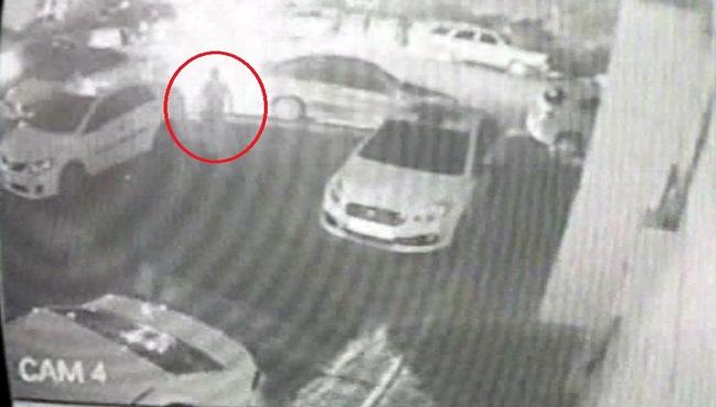 14 yaşındaki çocuğun hırsızlık anı kameralara yansıdı...
