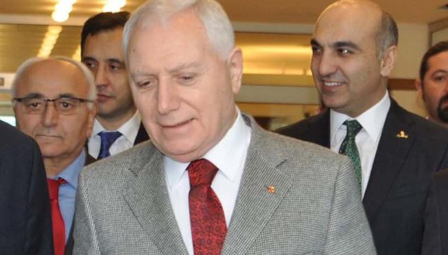 Mehmet Haberal Dünya Organ Nakli Derneği Başkanlığına seçildi