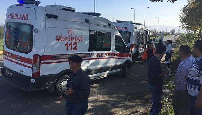 Ambulans çarpıştı... 4 yaralı...