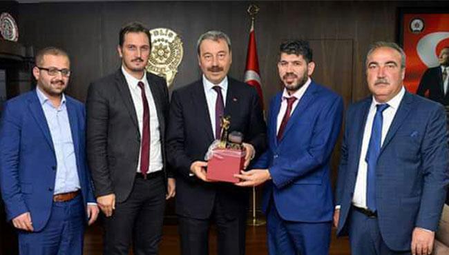 Zonguldaklı işadamlarından Osman Ak'a ziyaret...