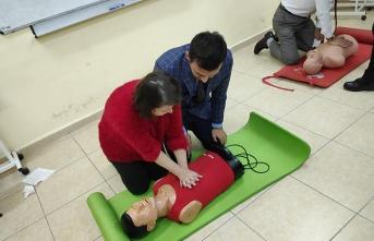 BEÜ'de ilk yardım eğitimi...