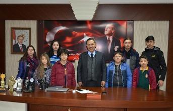 Çocuk ve gençlik meclisi toplandı...