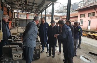 Vali Erdoğan Bektaş, Maden Makinaları İşletmesini gezdi...
