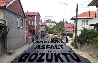 O mahallede asfalt çalışmaları başladı