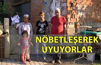 12 kişilik ailenin 'otorulamaz' raporu verilen evdeki yaşam mücadelesi