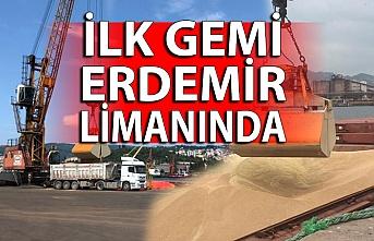 İlk gemi Erdemir limanı'nda