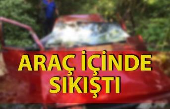 Kaza:1 kişi araç içinde sıkıştı