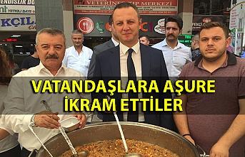 Milletvekili Türkmen ve Belediye Başkanı Alan Aşure ikramında bulundu