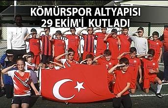 Kömürspor altyapısı 29 Ekim'i coşku ile kutladı