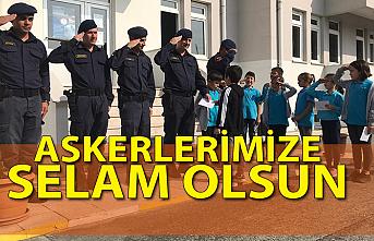 Nebioğlu İlkokulundan Mehmetçiğe mektup