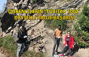 """Öğrencilerin """"TÜBİTAK 1002"""" destekli proje başarısı"""