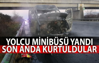 Yolcu minibüsü yandı, son anda kurtuldular