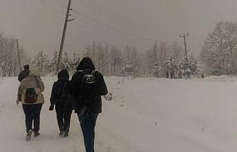 İnfaz memurlarının kar çilesi