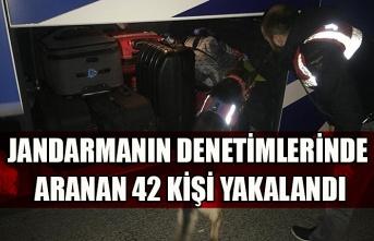 Jandarmanın denetimlerinde aranan 42 kişi yakalandı