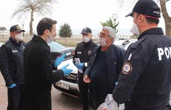 Kurallara uymayan 65 yaş üstü vatandaşlara ceza yağdı