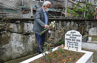 Posbıyık, Oral'ın vefatının 8'inci yılını mezarı başında andı