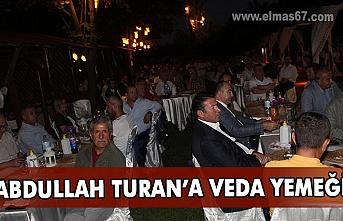 Devrekliler veda yemeğinde Turan'ı yalnız bırakmadılar