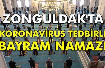 Zonguldak'ta koronavirüs tedbirli bayram namazı