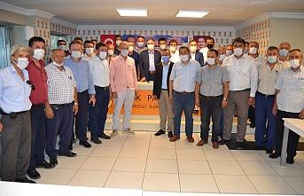 Çayırlı ve Kaptaş bölgesinden 20 muhtar Bozkurt'u tebrik etti