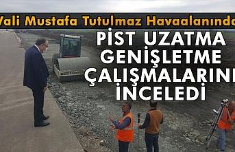 Vali Mustafa Tutulmaz havaalanında