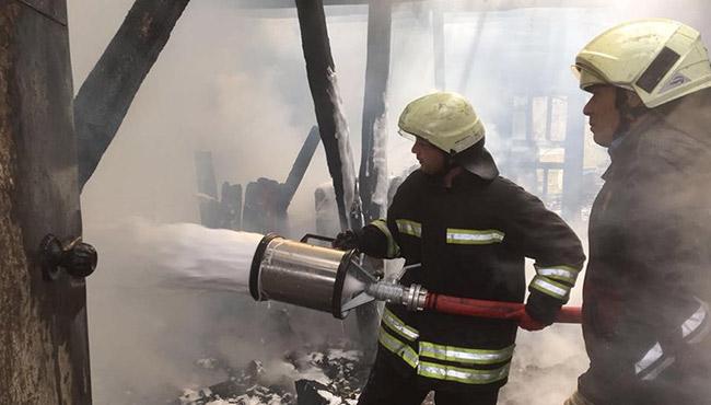 Yangın... Kül oldu...