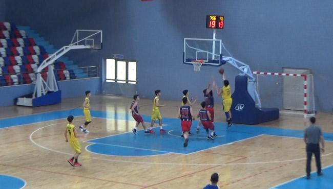 Basketbolda şov başladı...