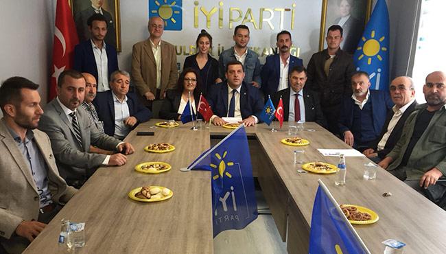 İYİ Parti'den açılışı Oğuzhan Turhan yaptı...