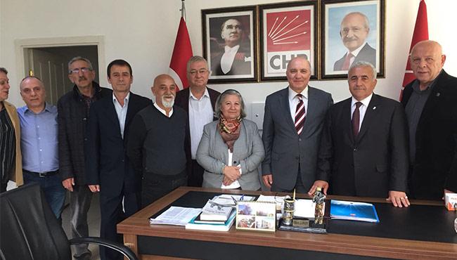 Turgut Aydın CHP'yi ziyaret etti...
