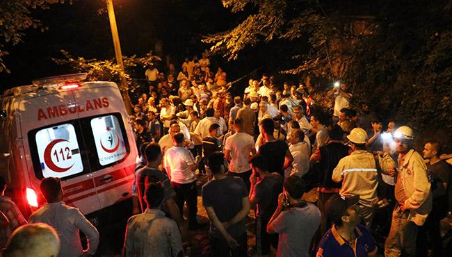 Maden ocağında mahsur kalan işçilere ulaşıldı