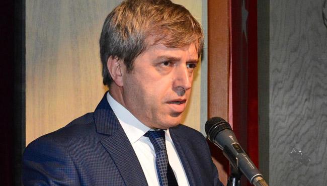 Vali Ahmet Çınar gidiyor mu? Dedikodulara yanıt verdi