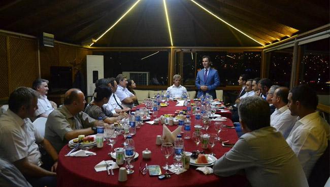 Vali Ahmet Çınar'dan giden Kaymakamlara veda yemeği
