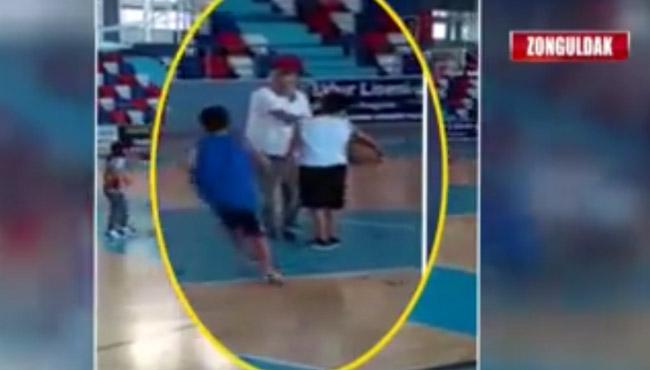 Şok görüntüler... Antrenör minik sporcuları böyle tokatladı