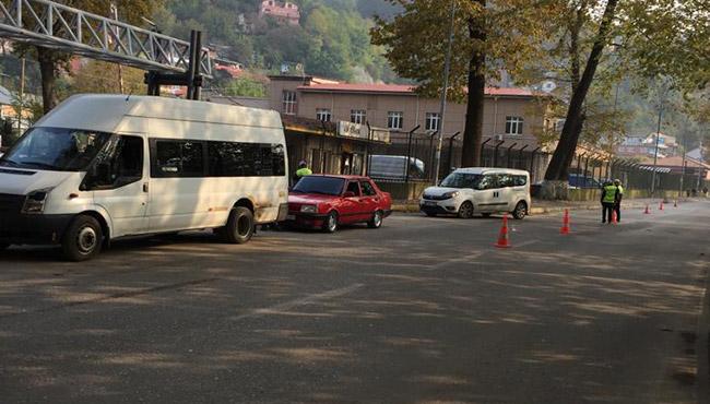 Sürücülere ceza yağdı! 5 Araç trafikten men edildi!