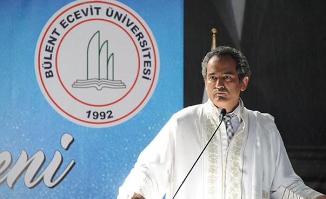 Mahmut Özer Star'a yazdı... 'Türkiye'de doktora eğitimi...'