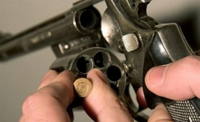 Akla zarar olay! Rus ruleti oynarken vuruldu...