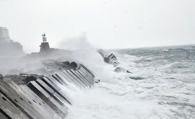Kuvvetli fırtına...