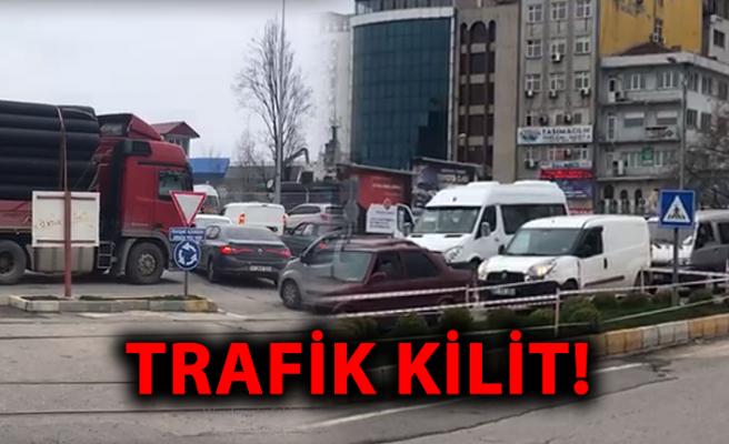 Trafik kilit!