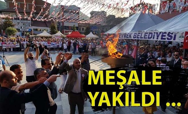 Festival meşalesi yakıldı…