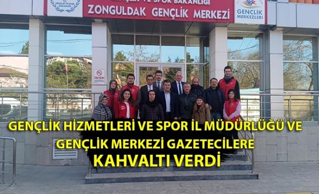 10 Ocak Çalışan Gazeteciler Günü kapsamında  Gençlik Hizmetleri ve Spor İl Müdürlüğü ve Gençlik Merkezi gazetecilere kahvaltı verdi.
