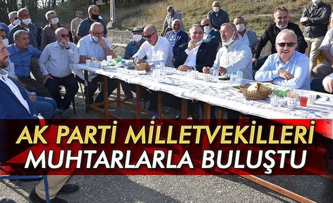 AK Parti Milletvekilleri muhtarlarla buluştu