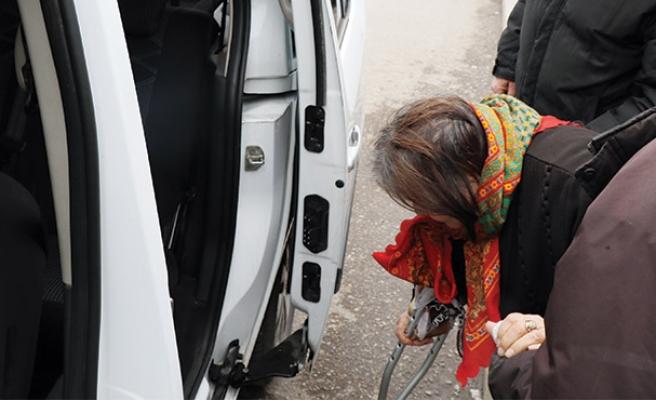 Engelli kadına hırsızlık şoku...