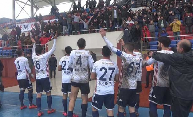Maç sonu büyük sevinç... Futbolcular neler söyledi?