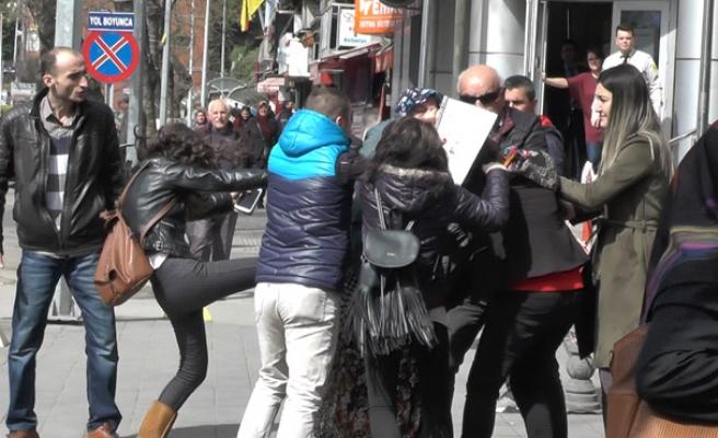 Gazipaşa'da kavga... Kadınlar birbirine girdi... İşte o anlar