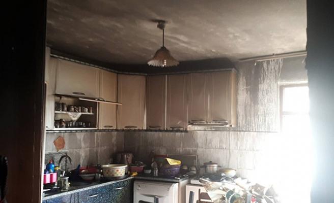 Yangın... 80 yaşındaki kadın evsiz kaldı...