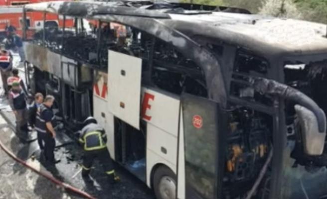 Otobüs alev alev yandı... Yolcular ölümden döndü...