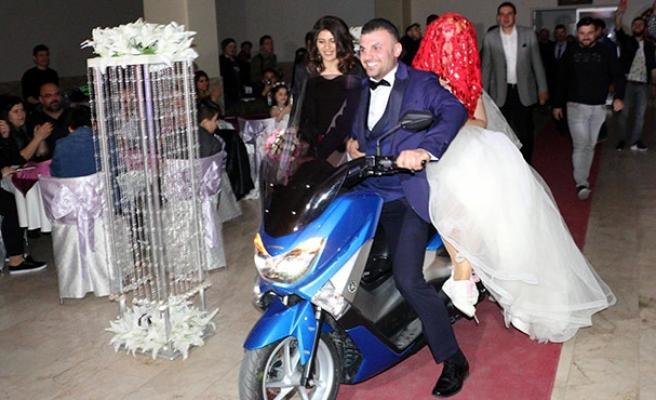 Böyle düğün görülmedi...