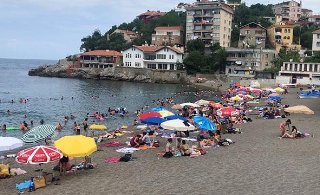 Plajda 'Kadınlar Günü' yeniden başladı