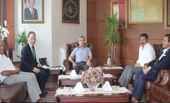 Deniz Yavuzyılmaz, Vali Ahmet Çınar'ı ziyaret etti
