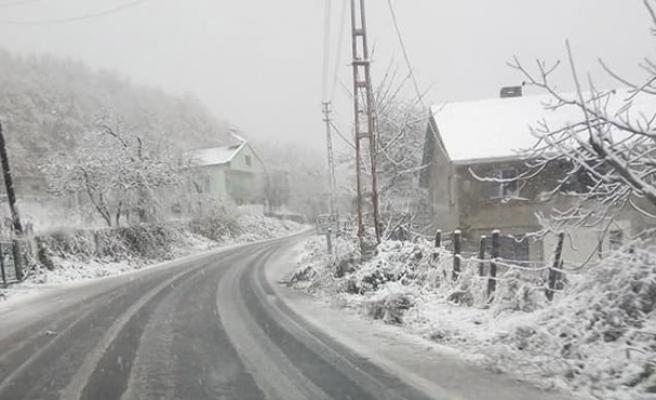 Kar başladı!