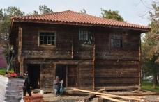 Geleneksel köy evinin kurulumu tamamlandı...